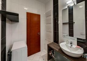 Hungary,3 Bedrooms Bedrooms,1 Room Rooms,2 BathroomsBathrooms,Apartment,1310
