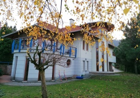 Hungary,7 Bedrooms Bedrooms,7 Rooms Rooms,3 BathroomsBathrooms,Apartment,1314